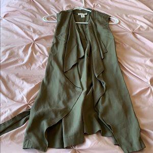 Long green tie vest